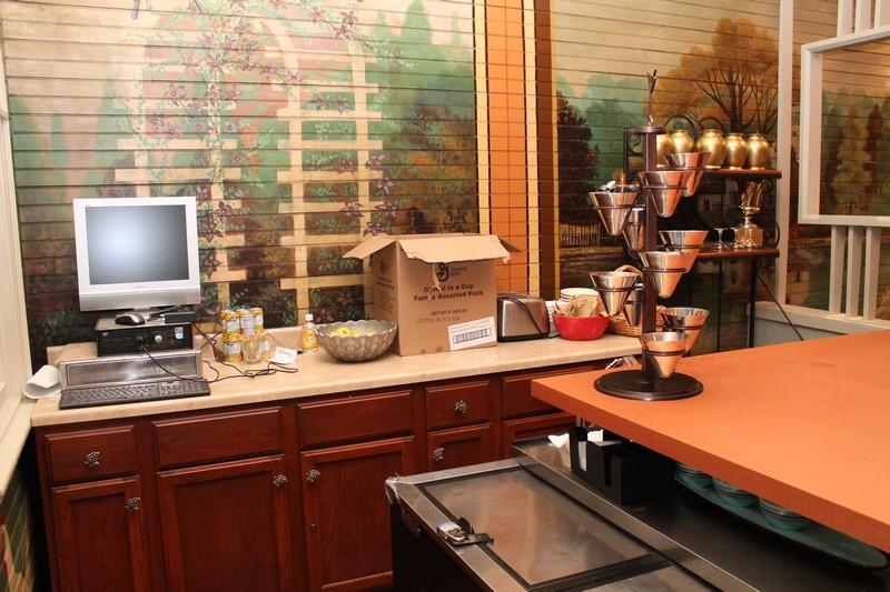 Retirement Auction Historic Allenberry Resort Inn