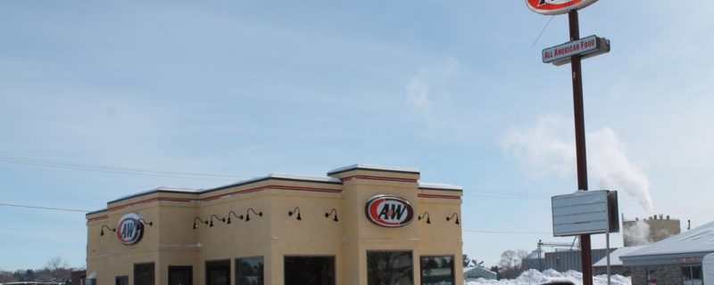 LENDER OWNED AUCTION:<br>Former A &#038; W Restaurant<br>Pine Island, MN